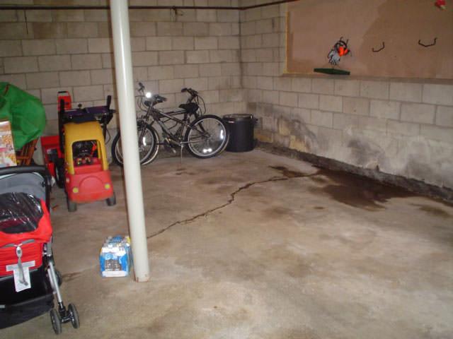 r paration de fissures de plancher du sous sol au qu bec colmater les fuites de fissures de. Black Bedroom Furniture Sets. Home Design Ideas
